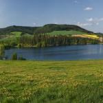 Křetínka-panorama přehrady-výřez